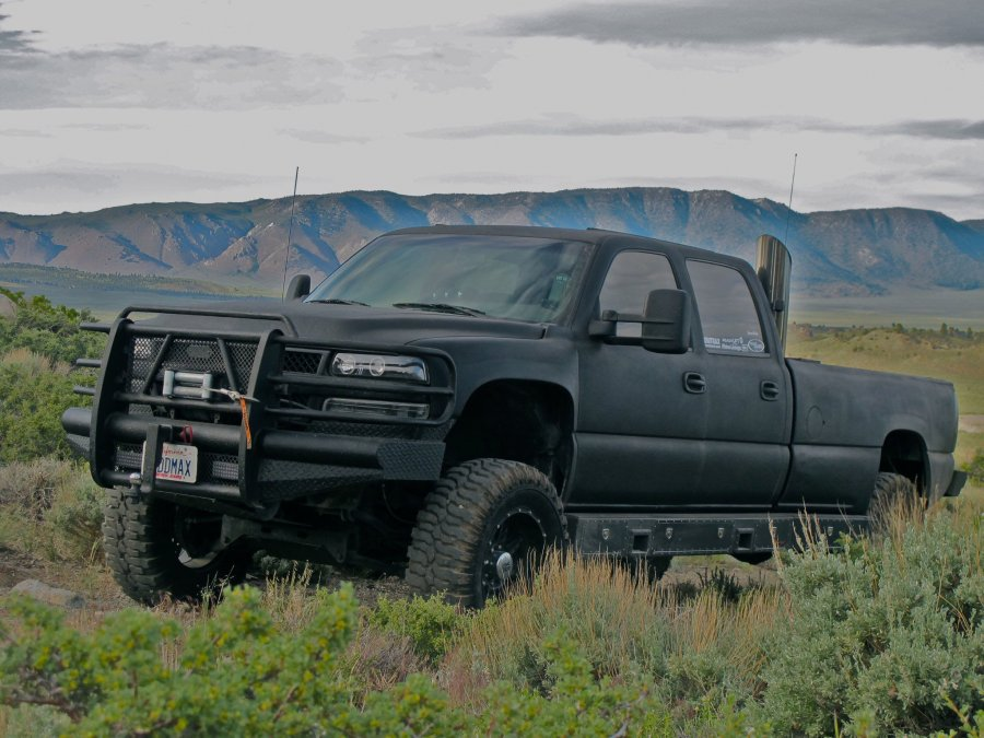 Rhino Lined Truck >> Rhino Linings Spray On Bed Liners Truck Specialties